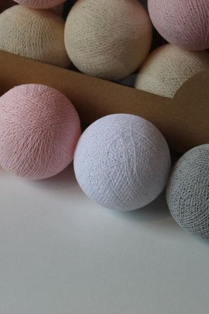 MIA home passion - Cotton Balls White Pastel 50 szt.