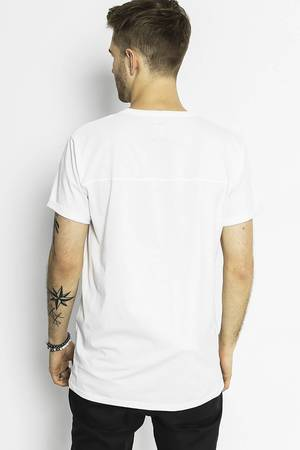 The Hive - MOTH TEE IN WHITE L.E