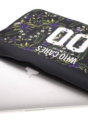 Laptop case 15 violet flower