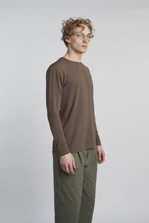 Delikatessen - PLAY BROWN SWEATSHIRT