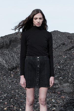 Wmns turtleneck in brushed black