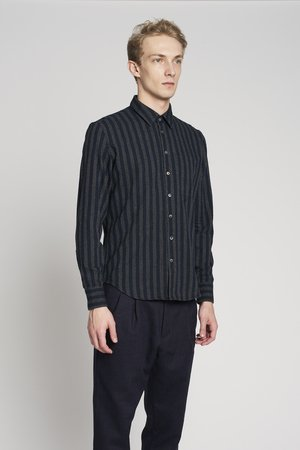 Feel good tonal striped shirt