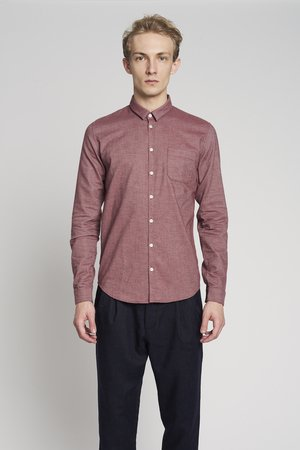 Proper burgundy red shirt